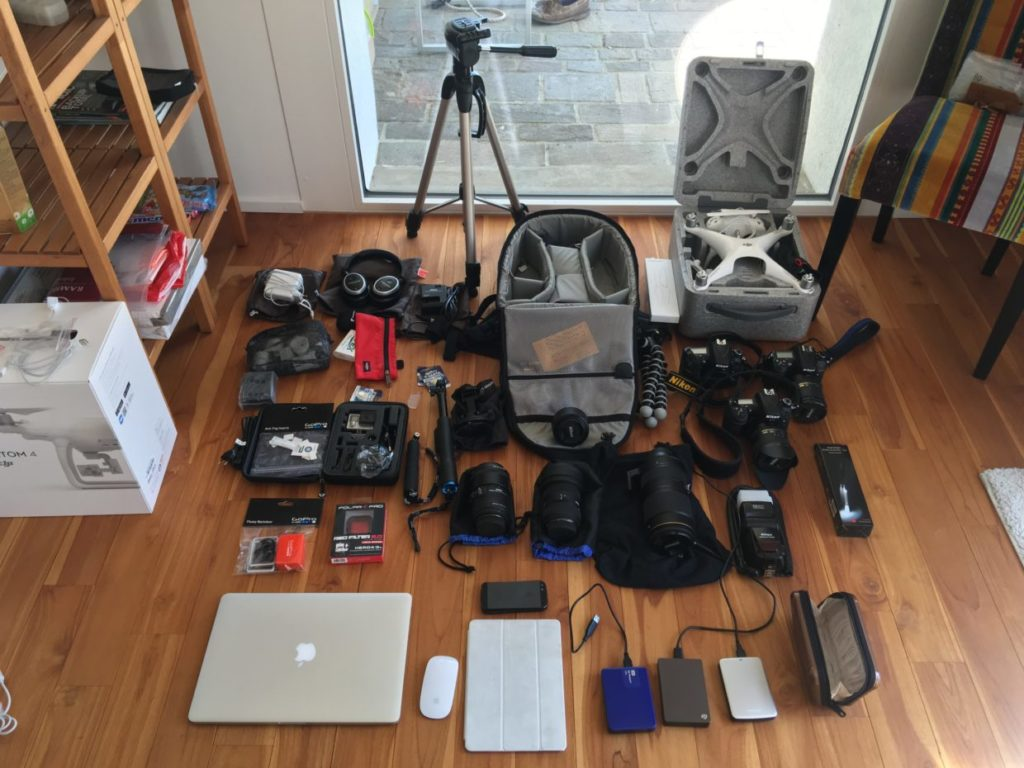 Complete tech gear for a 5 week trip Edition 2016